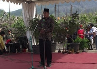 Koordinator PALM, KH. Abdul Muhaimin memberi sambutan pd ceremonial PALM