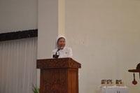 Pemimpin Umum Suster CB, Sr. Rosaria menyampaikan sambutan usai Ekaristi di Kapel BS