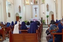 Para Suster sedang Berdoa Kapel Santa Ursula