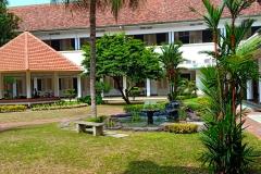 Biara Suster OSU Di Jalan Pos Tempat  Ke 10 Suster CB datang pertama  Ke Indonesia